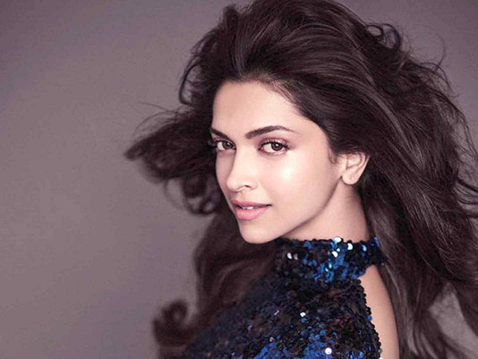 15 Deepika Padukone Airport Looks You Can Try Today