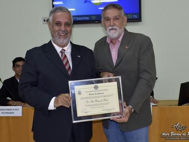 Dr. Áser recebe Moção de Aplausos da Câmara Municipal de Raul Soares
