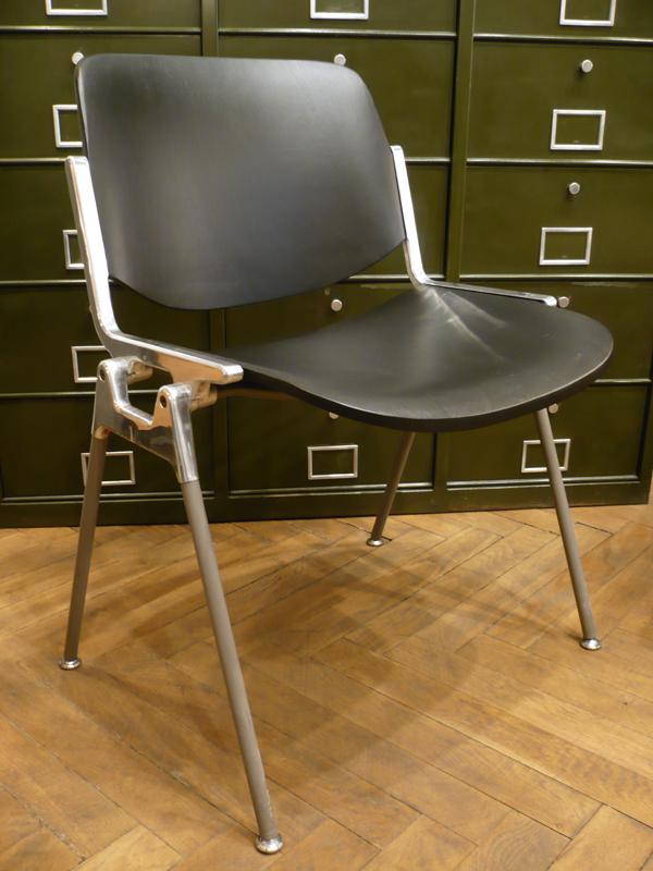 Chaise DSC 106 noire
