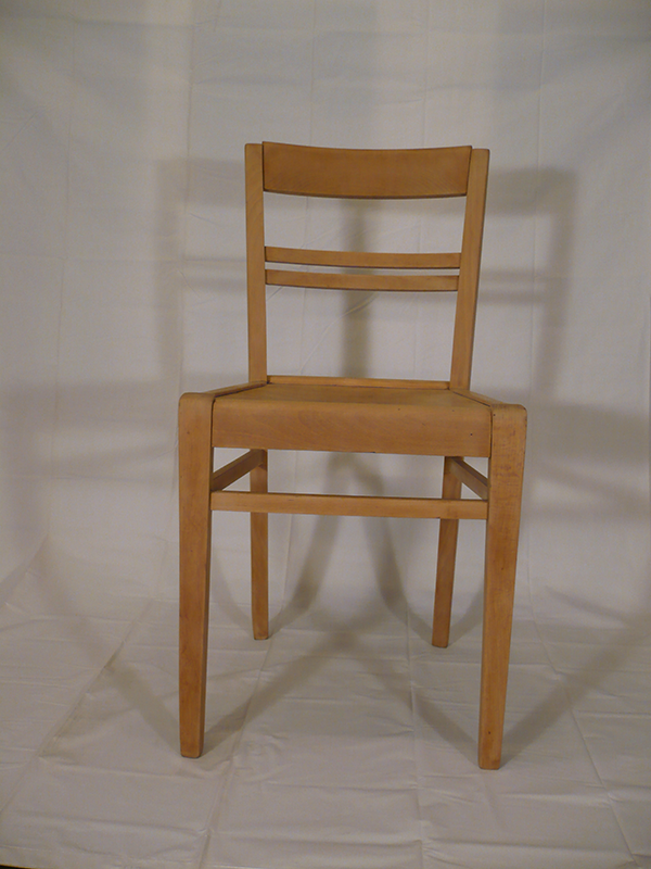 Chaise en bois vintage Stella