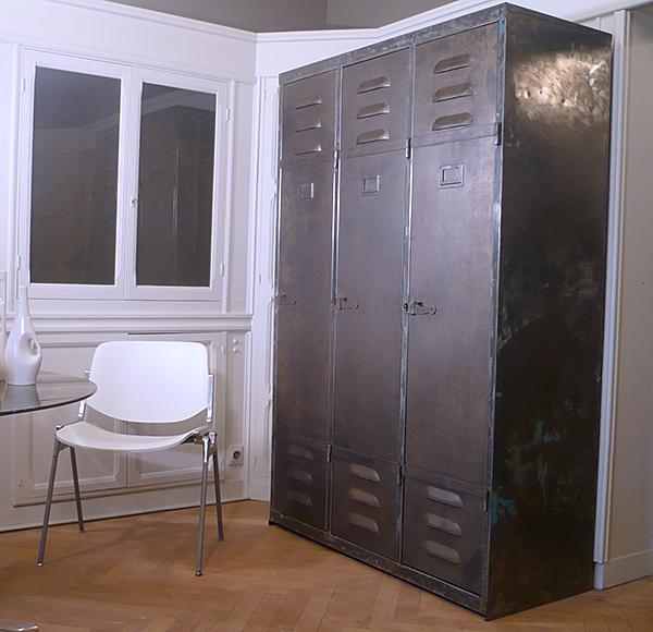 vestiaire industriel m tallique. Black Bedroom Furniture Sets. Home Design Ideas