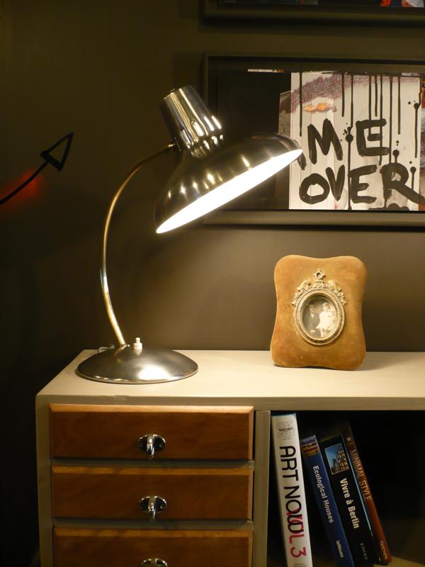 Lampe de bureau vintage.png