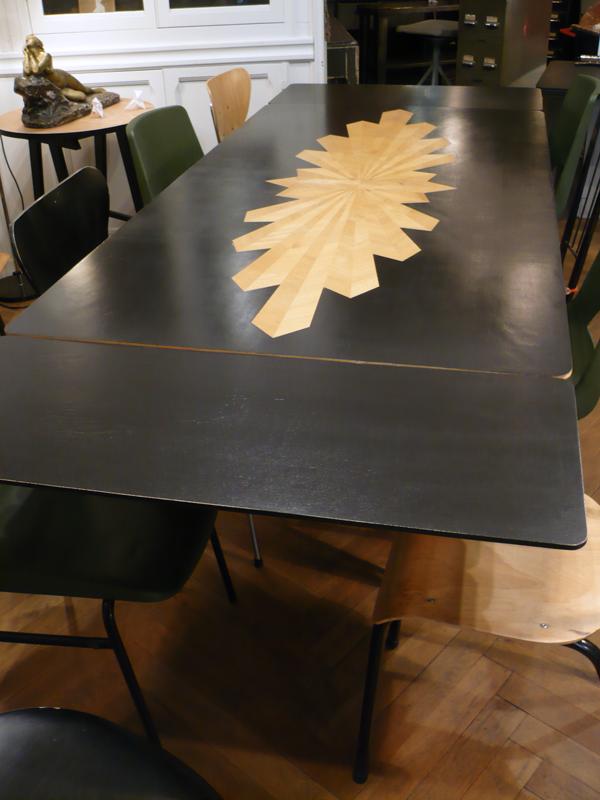 Table de repas avec rallonges