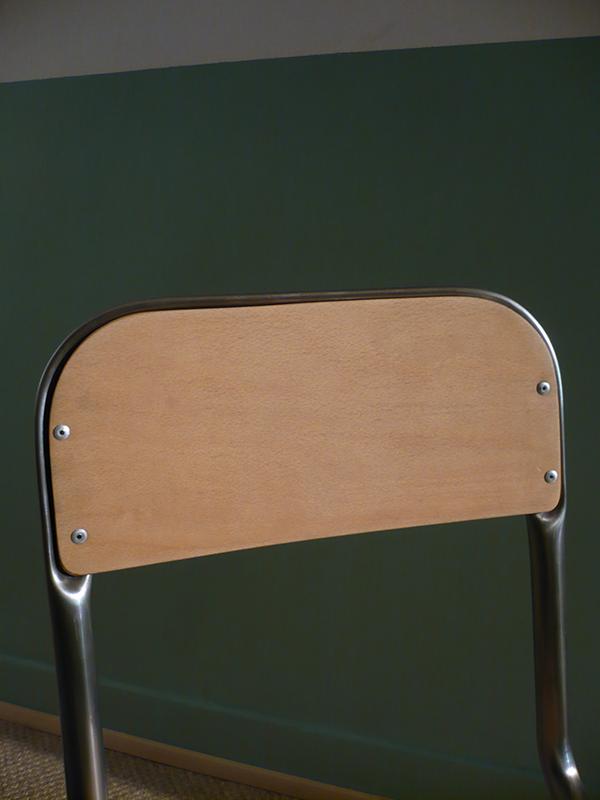 chaise d'écolier vintage en bois
