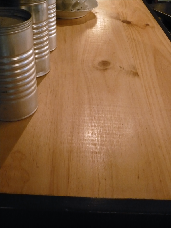 Meuble de mécano en bois