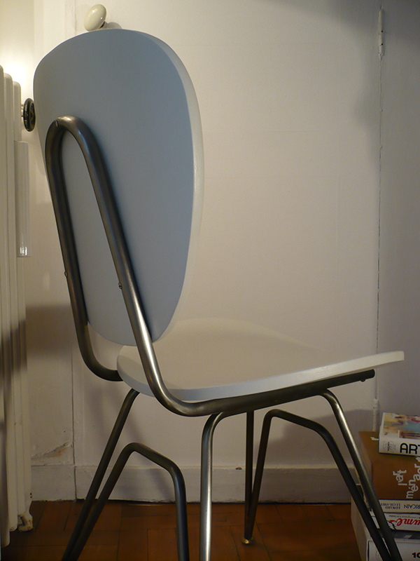 Chaise vintage blanche