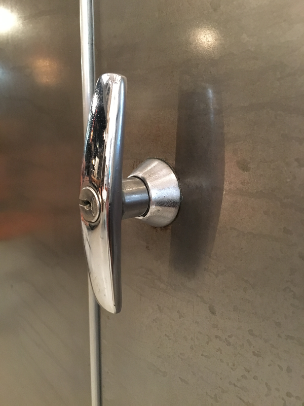 armoire penderie industrielle