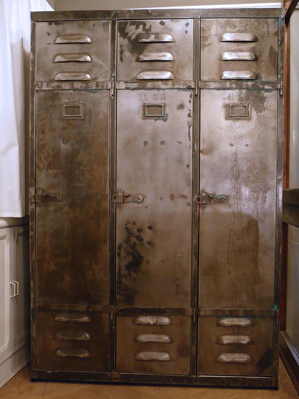 vestiaire industriel vintage