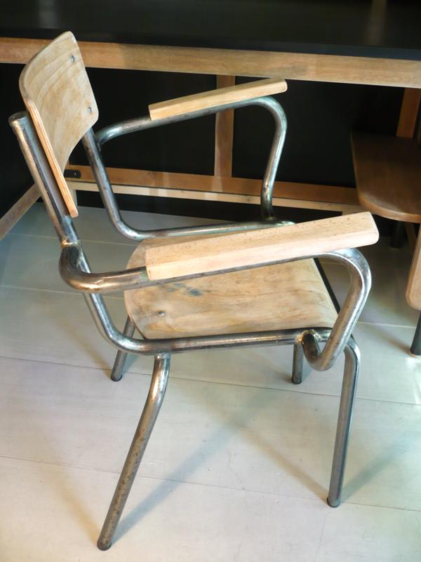 chaisemaitreécole2.png