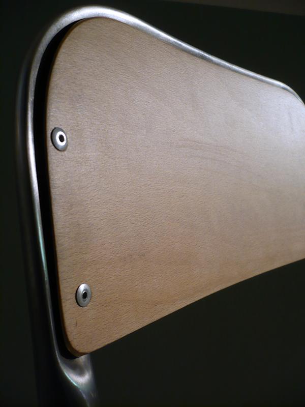chaise d'écolier vintage
