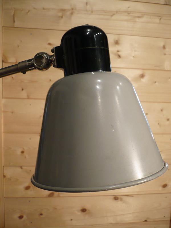 Lampe d'atelier Belmag
