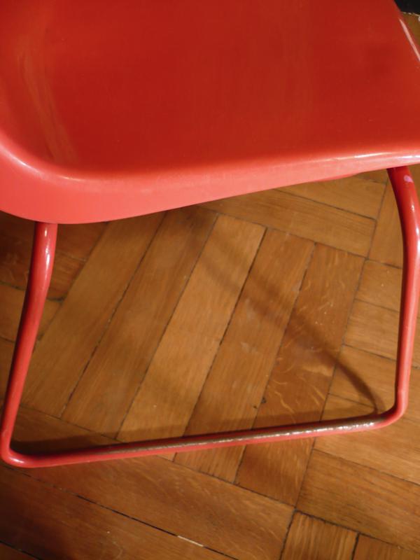 Chaise enfant rouge Grosfillex