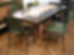 Lot de chaises kaki des années 60/70, confection française Fantasia, coque en plastique moulé, empilables, ArtchiArty, Marseille