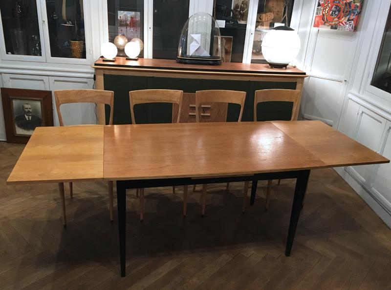 Table de repas années 60