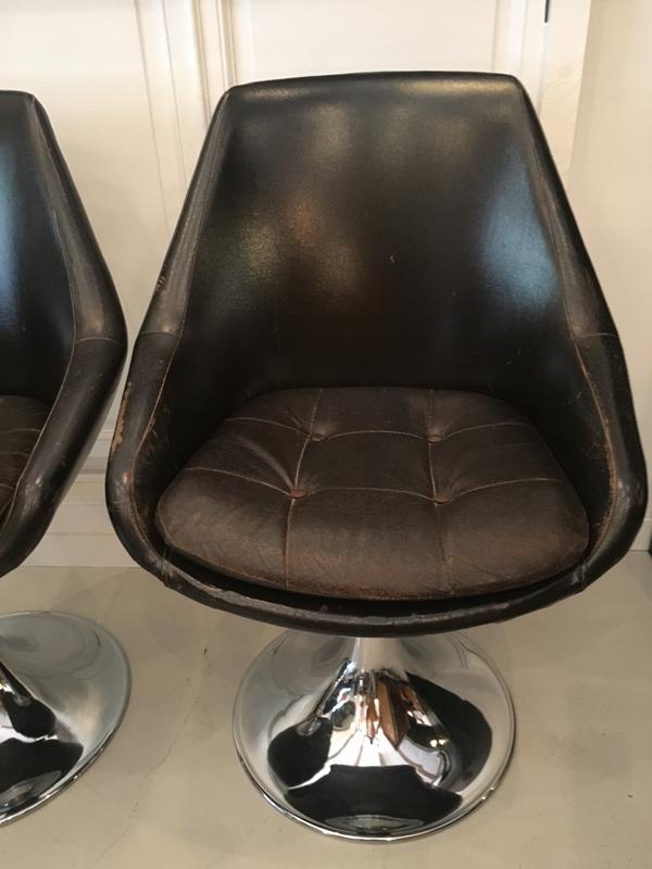 fauteuil pied tulipe