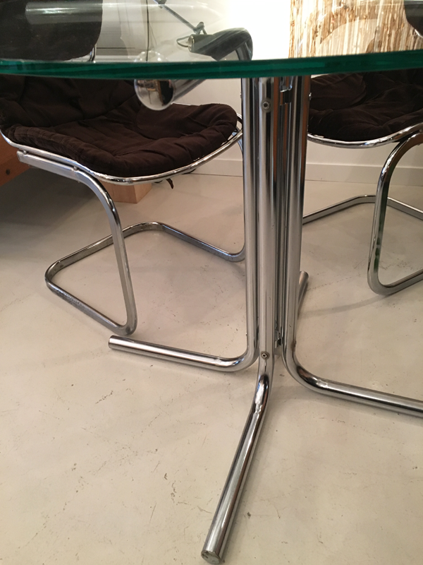 table ronde plateau verre