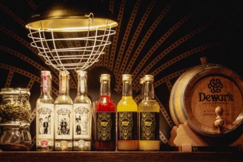 New kitchen bottleshelf.jpg