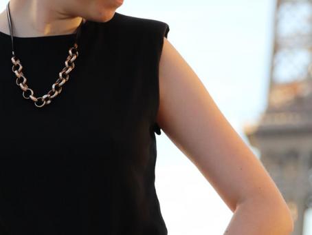 Comment adopter la tendance des t-shirts à épaulette ?   Mode