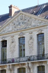 façade du château d'ermenonville
