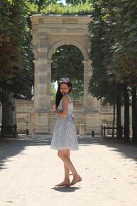 rosepailettee avec la robe daphné des jupons de louison