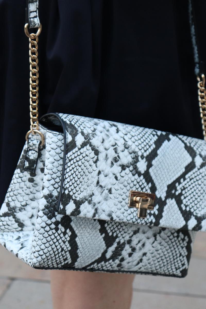 photo du sac #bestdeal python de chez C&A