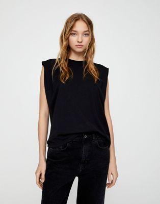 T-shirt noir à épaulette ASOS