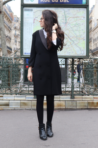 robe blazer noir et col roulé blanc