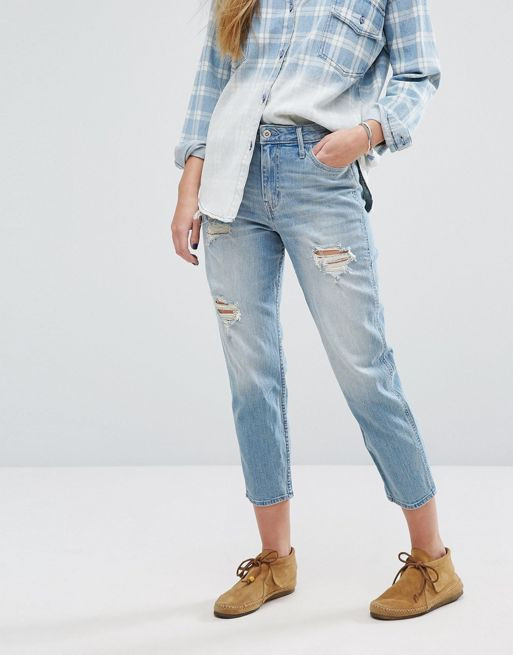Le jeans girlfriend