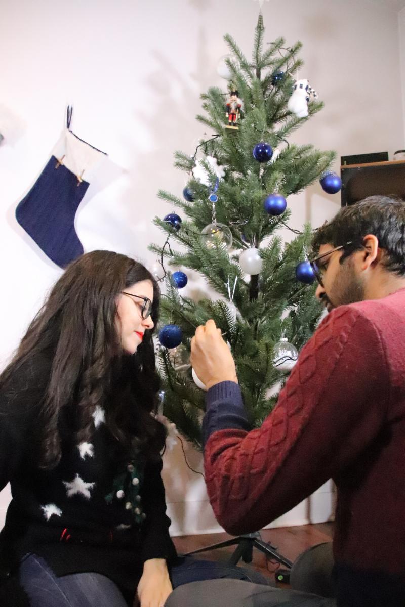 Comment s'habiller si on fête noël chez les beaux-parents ?