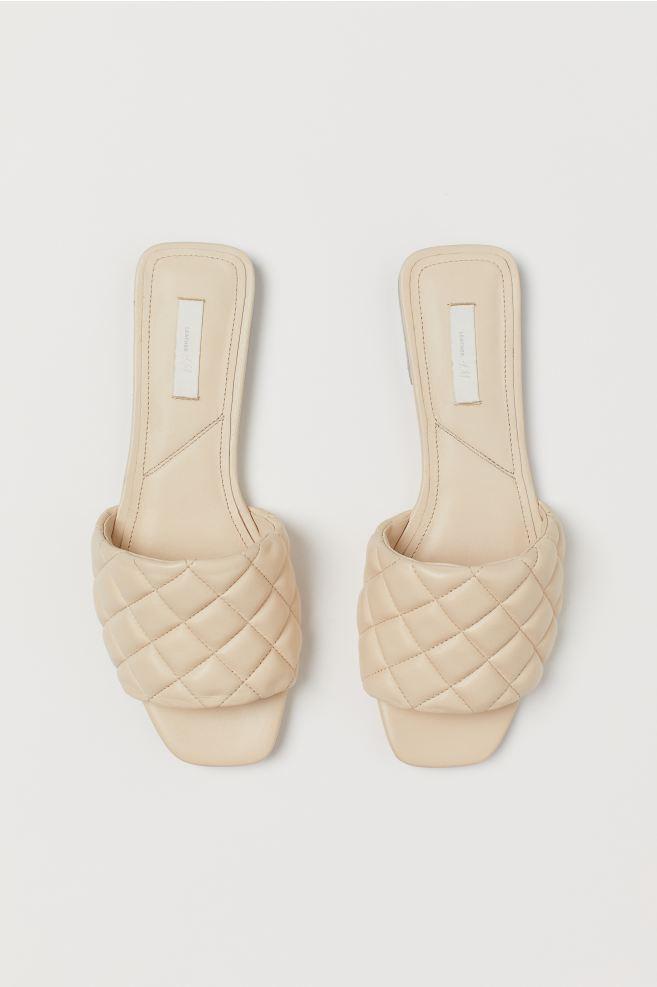 Sandales en cuir tressé beige H&M