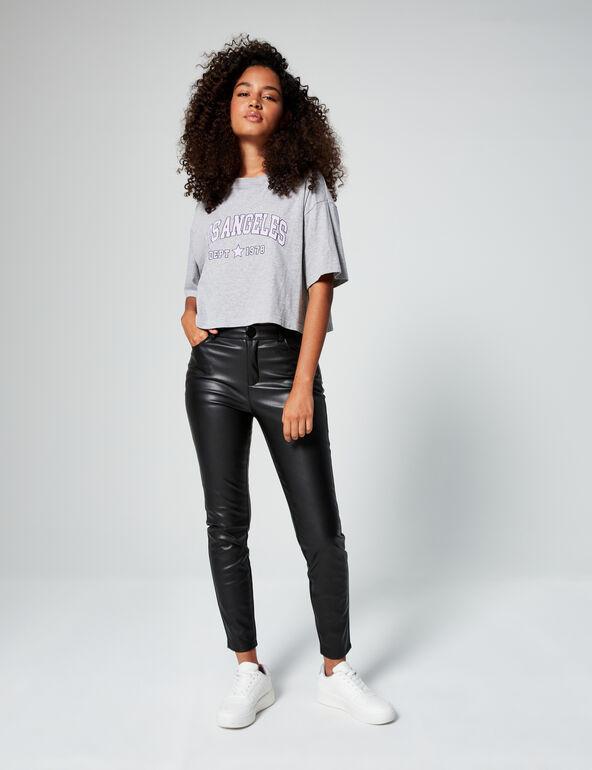 Pantalon en simili cuir noir Jennyfer
