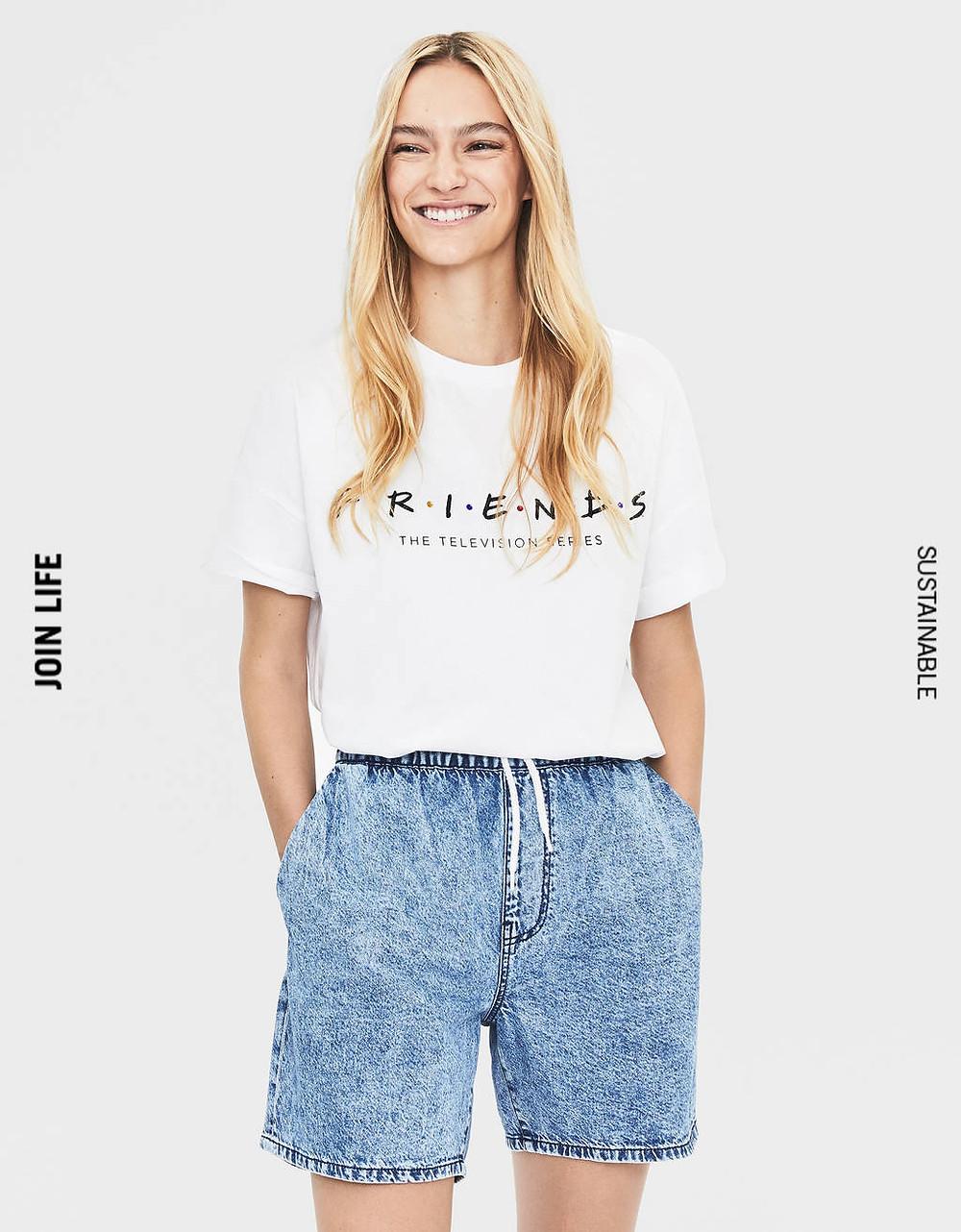 T-shirt friends Bershka