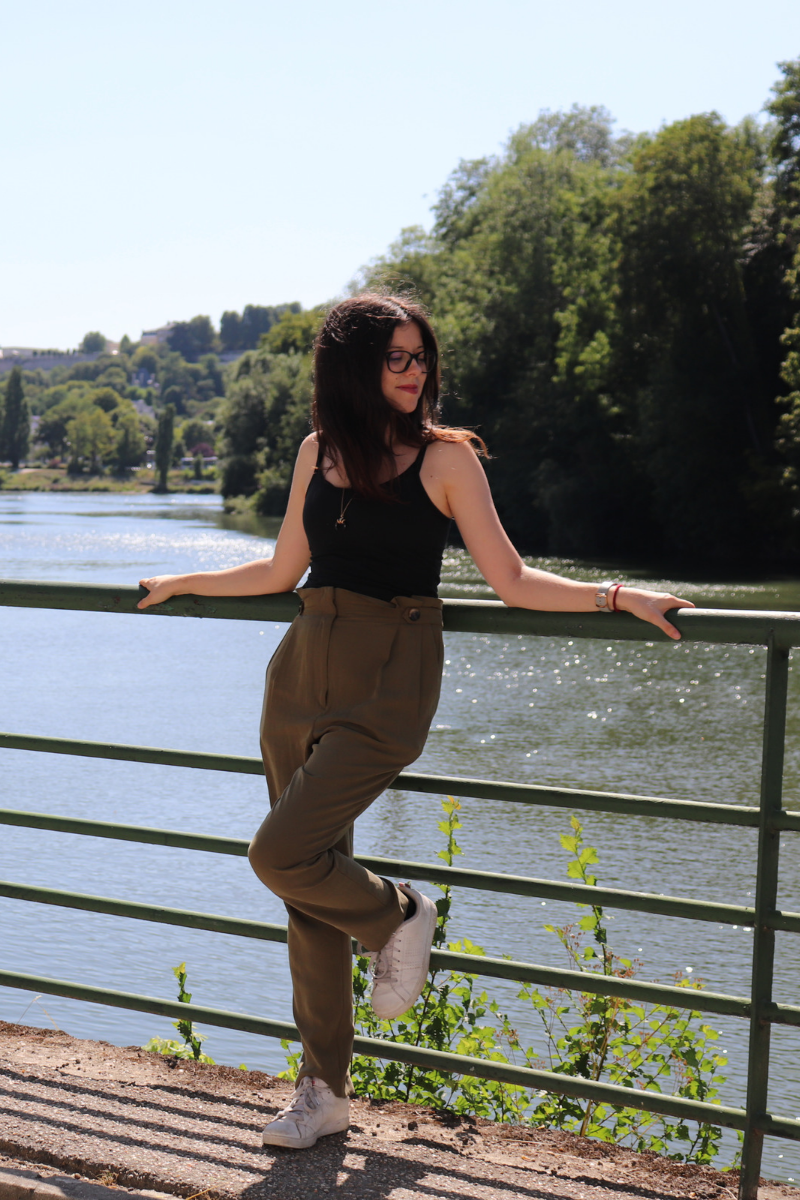 pantalon taille ultra haute kaki C&A