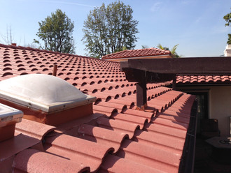 Residential Tile Roof in Long Beach, California