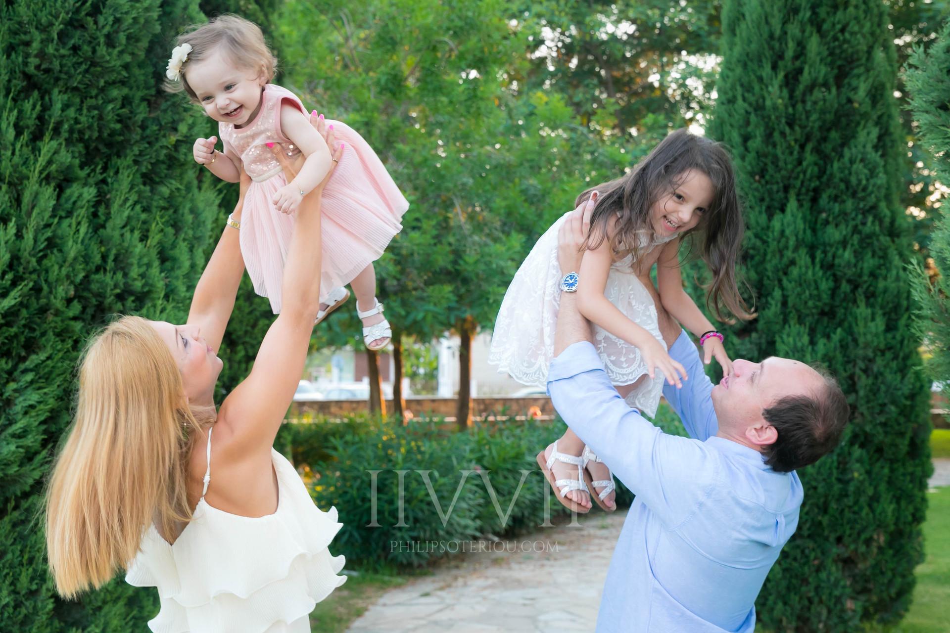 Vayianou Family-5.jpg