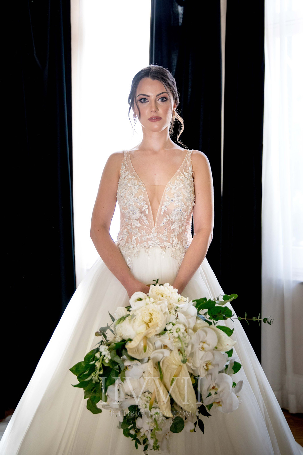 CHIC WHITE WEDDING-6.jpg