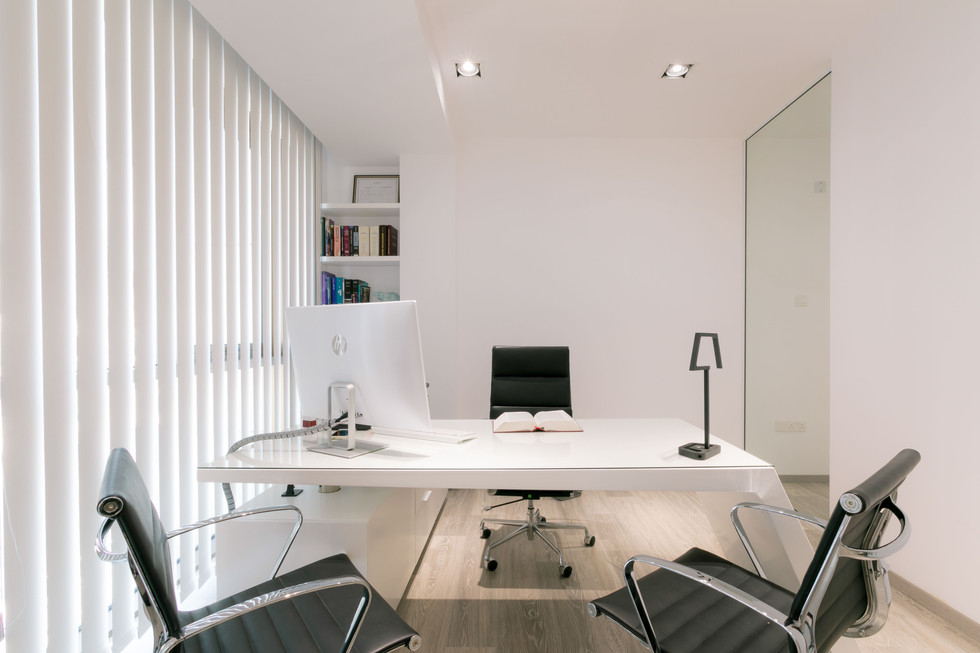 LEO LAW OFFICE-2.jpg