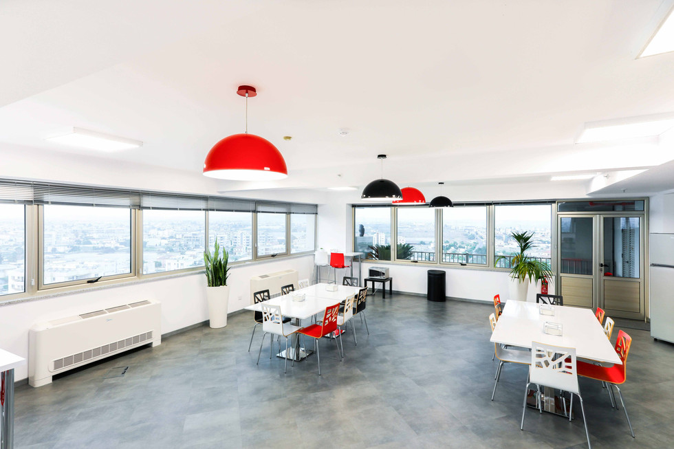 HOT FOREX OFFICES-2.jpg