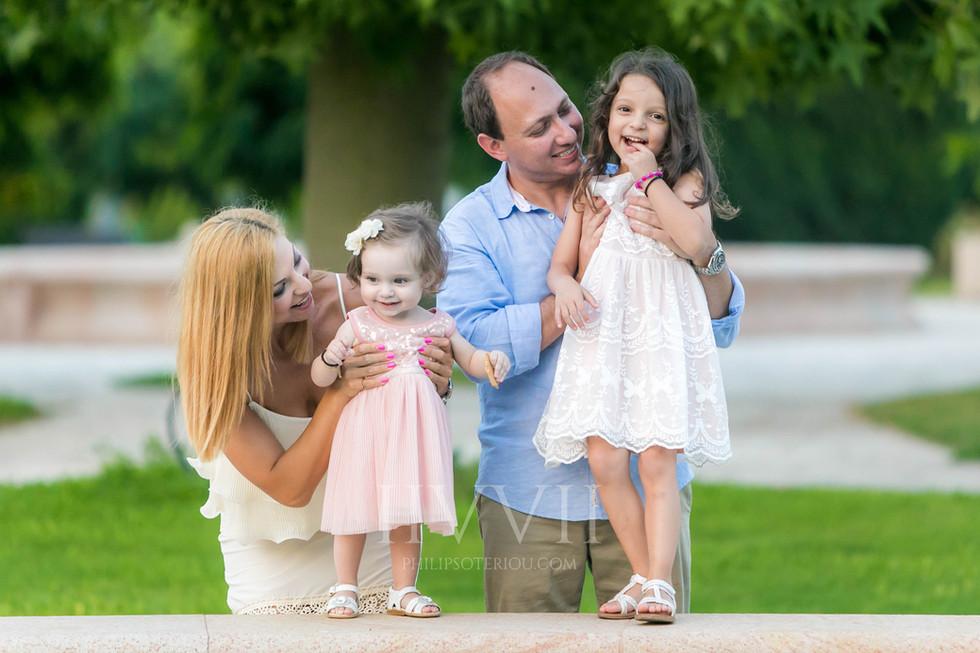 Vayianou Family-12.jpg