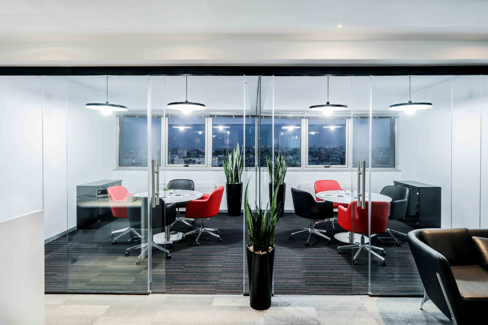 HOT FOREX OFFICES-8.jpg