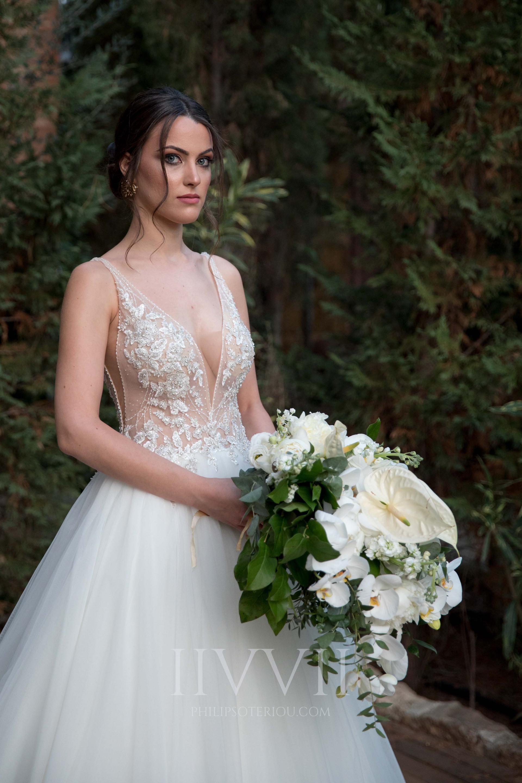 CHIC WHITE WEDDING-31.jpg