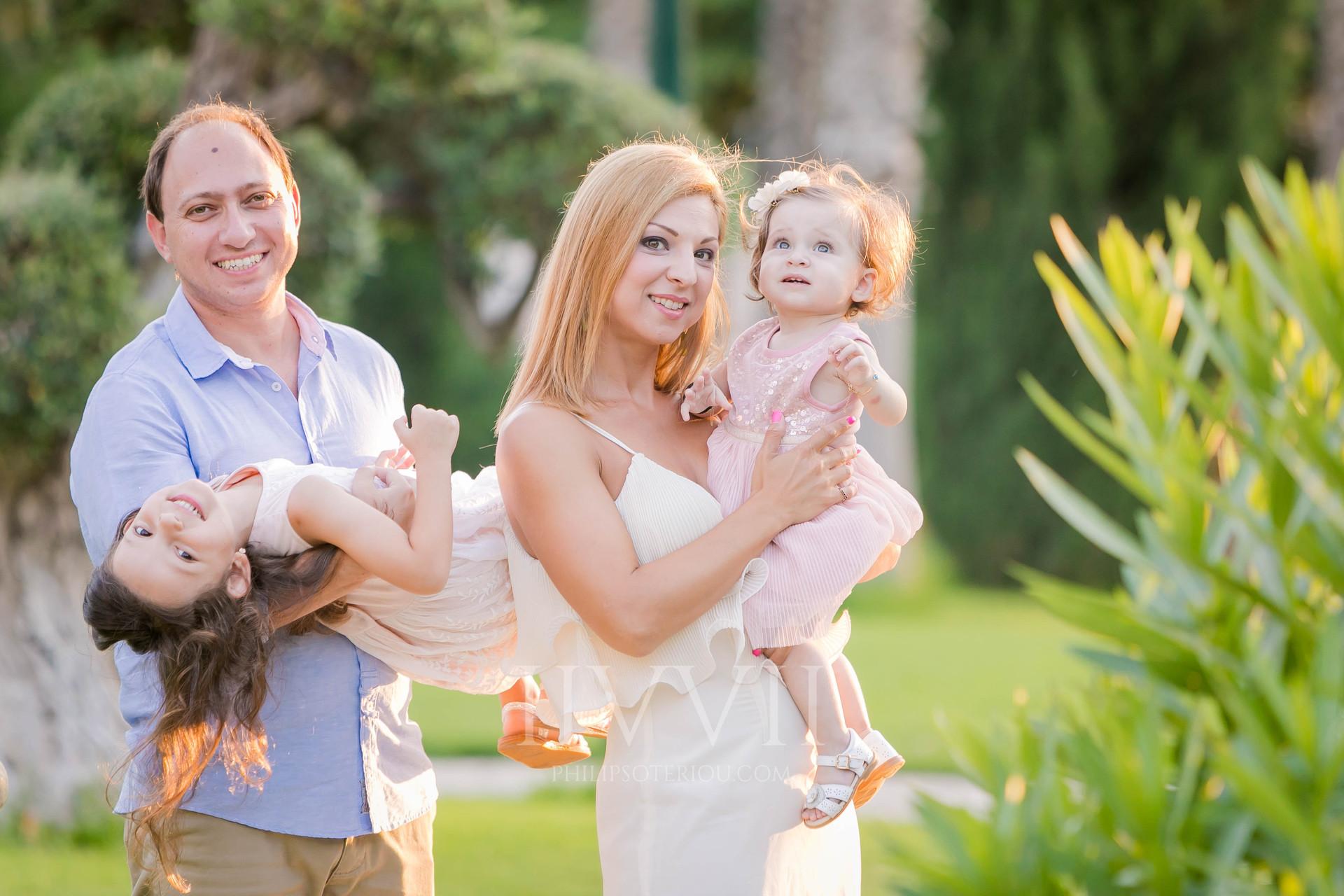 Vayianou Family-3.jpg