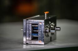 S90 stampi di precisione