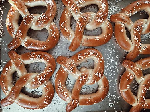 salted-soft-pretzels_t20_e8Ev72_edited.j