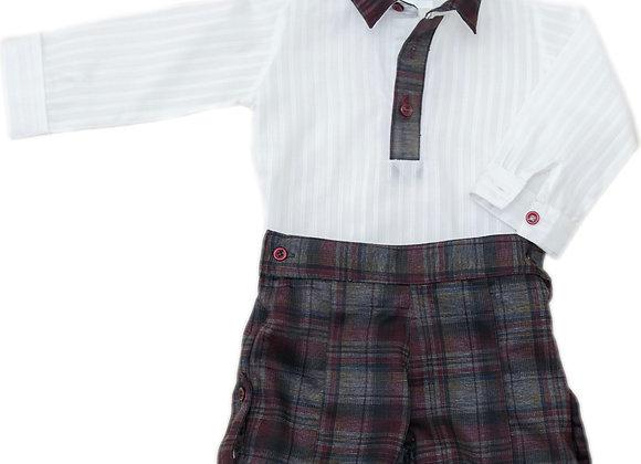 Conjunto bermuda con camisa blanca