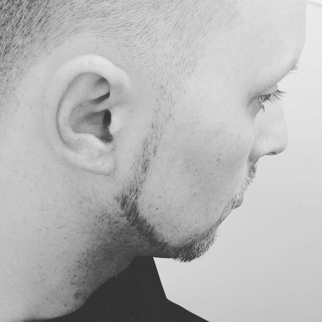 Gettin' my razor on!_#angiecornelison #promasterbarber #SupremeCuts1 #SupremeCuts #Elkridge #mensfas
