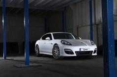 Porsche Panamera Fitted With Riviera rv136