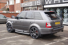 """RANGE ROVER  Fitted With 22"""" HAWKE SAKER"""