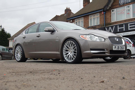 "Jaguar XF Fitted With 20"" Calibre altus"