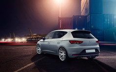 Seat Leon Cupra Fitted With Riviera RV136